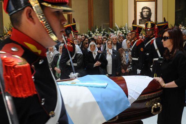 Argentine President Husband Coffin