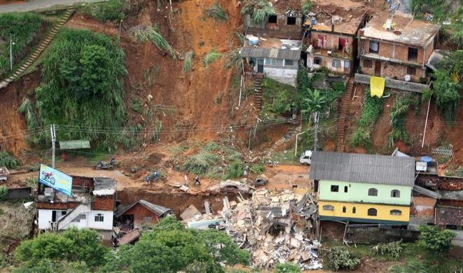 Brazil Land Slide due to floods