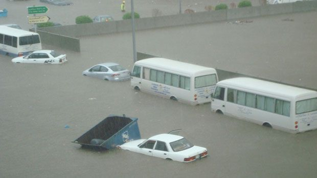 Floods in Jeddah 2011.jpg 1