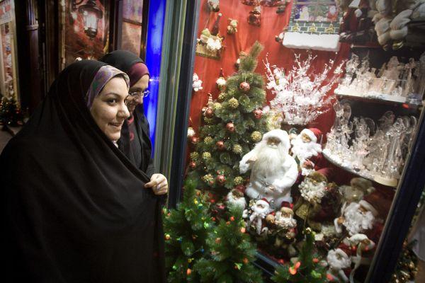 Iranian Christmas.jpg 1
