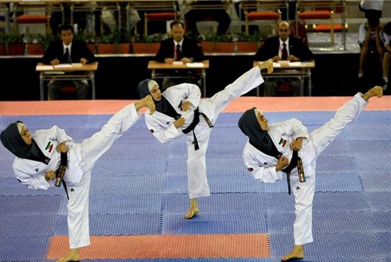 Iranian Women Win Tae kwon do