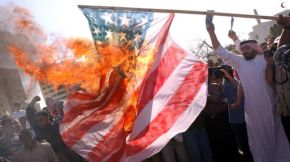 Bahraini Condemn the US Support for Al Khalifa Brutalities
