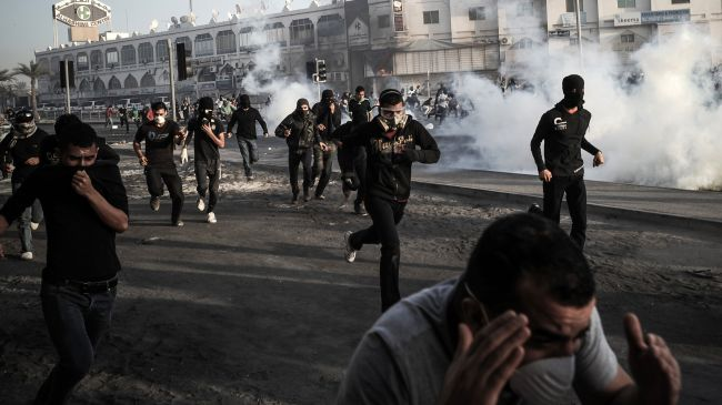 Bahraini-court-sentences-17-anti-regime-protesters-to-15-years
