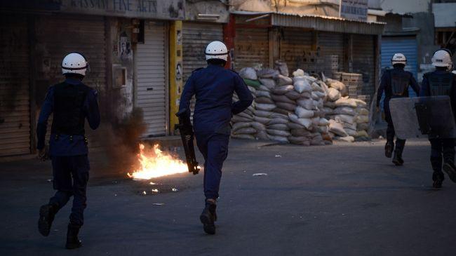 Bahraini Forces Lay Siege Village of Bani Jamra