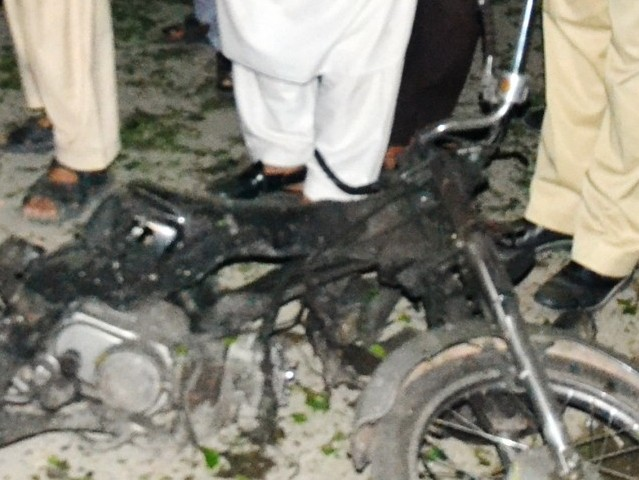 Bomb Blast in Imamia Colony Imambargah , Peshawar 28 May 2013