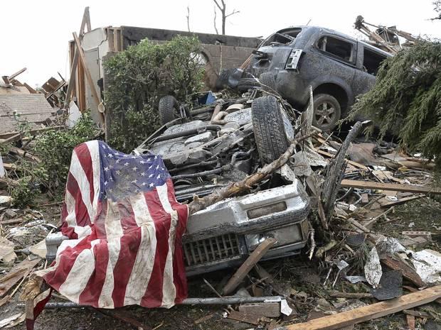 Tornado ripped through Oklahoma 20 May , 2013