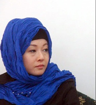 Japanese Woman Akiko Krvkava embraced Shia Islam on the Hands of Ayatullah Musavi Ardabeli