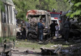 Taliban Suicide Bomber Kills 17 outside Supreme Court in Kabul