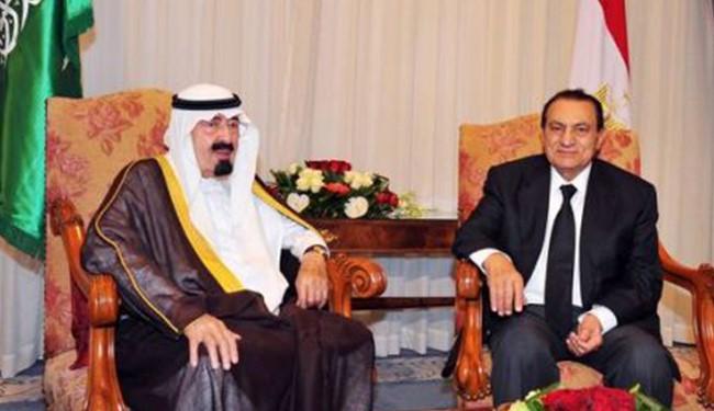 Saudis, UAE take revenge for Mubarak ouster