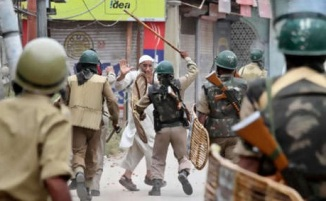 Indian Occupied Kashmir Under Curfew after Hindu Muslims Riots , 10 Aug 2013