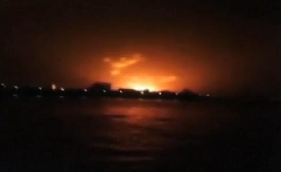 Indian Submarine Sindhurakshak Blasts b
