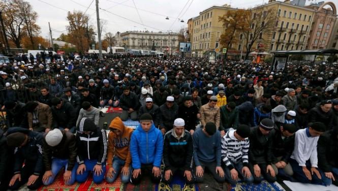 Eid Ul Azha Prayers at St.Petersburg , Russia  15 Oct , 2013