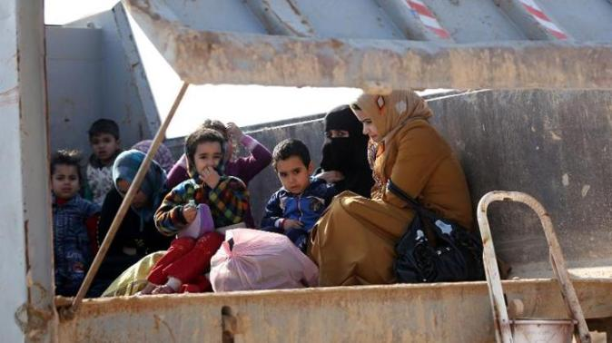 Iraqi Sunni take refuge in Shiite Areas