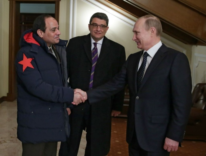 Russian President Putin meets Egyptian General Sisi on his tour to Moscow