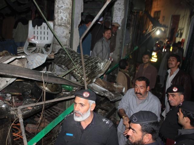 Suicide Blast @ Imambargah Alamdar , Qisa Khwani Bazaar , Peshawar , 05 Jan 2014 h