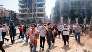 Syrian & Assad Forces Enter Homs Vicotious