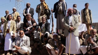 Tribesmen loyal to Shi'ite Houthi group attend a tribal gathering to show support to group in Amran province north of the Yemeni capital Sanaa
