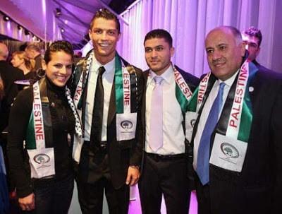 Cristiano Ronaldo With Palestiian Delegation