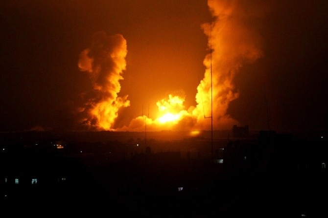 TOPSHOTS-PALESTINIAN-ISRAEL-CONFLICT-GAZA - ATTACK