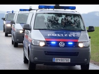 Austrian Police Raid Mosques , Muslim Homes across Country