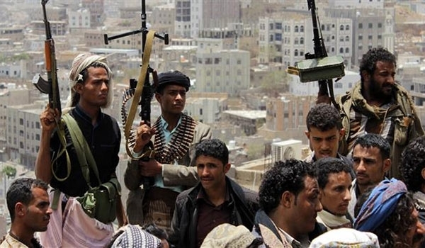 Yemeni Forces Capture More than Dozen Saudi Border Posts , Shoots Down Apache Helicopter