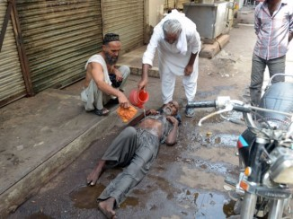 1000 Dead Due to Water & Power Shortage added By Heat wave in Karachi , Pakistan