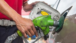Oil Prices Plunges to Below US$39