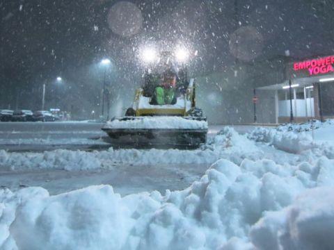 US East Coast States Under Worst Snow Blizzards 2016 , Newark Del