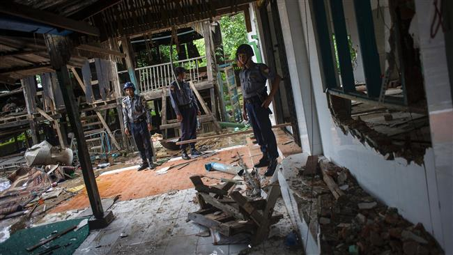 Budhist Mob attack Muslim Village in Yangoon