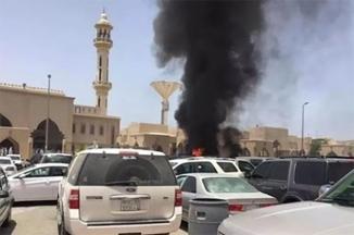 Suicide Blast @ Masjid e Nabawi , near Jannat ul Baqee